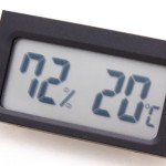 Thermometer + Hygrometer with integrated sensors
