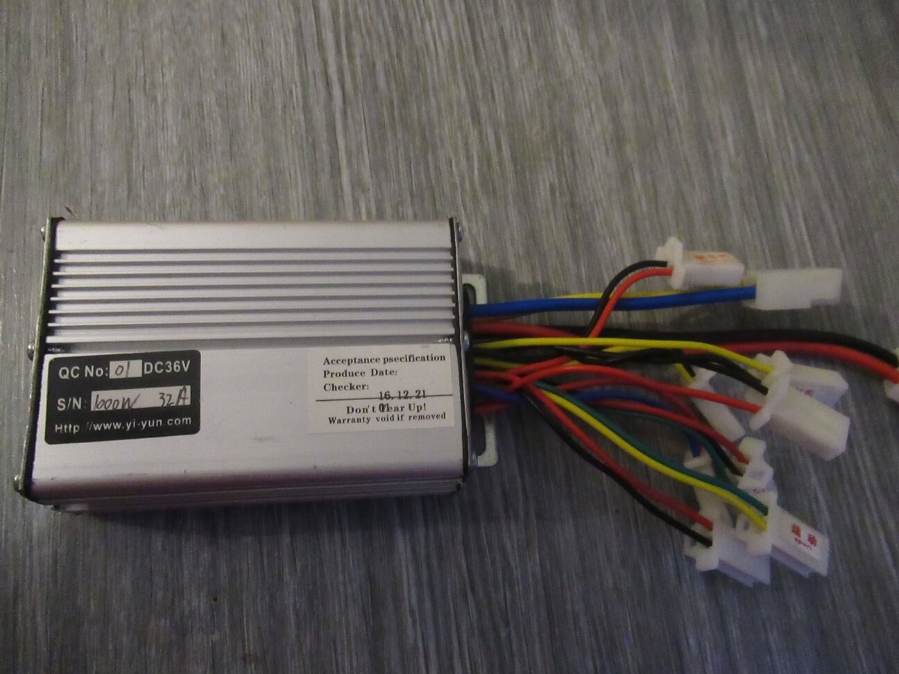 usefulldata com 1000w yiyun 36v 48v dc brush motor controller for electric quad scooter city 3 wheel scooter toy scooter wherever you want high performance and have a eletric brush motor controller is only for